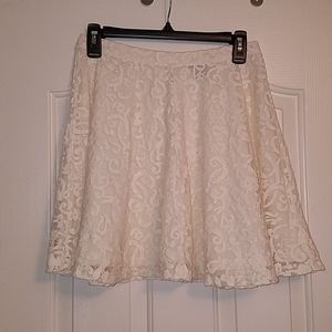 3/$10 H&M Off White Lace Skirt